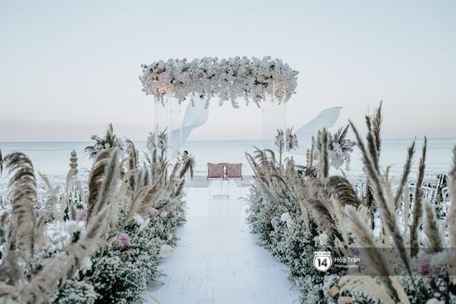 Chùm ảnh: Những khoảnh khắc ấn tượng nhất trong hôn lễ chính thức của cặp đôi tỷ phú Ấn Độ bên bờ biển Phú Quốc - Ảnh 8.