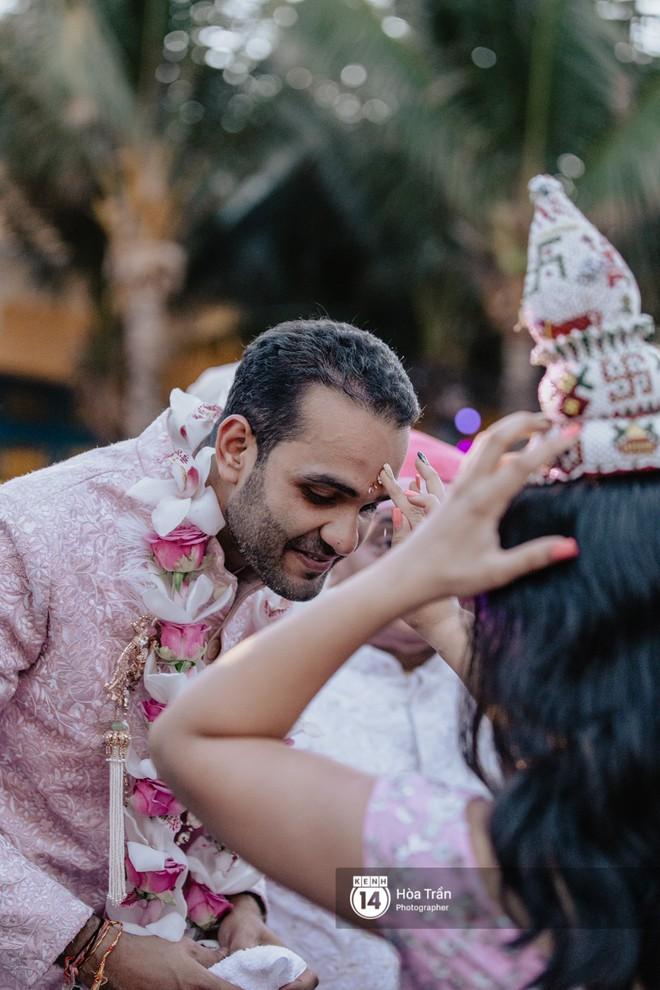 Chùm ảnh: Những khoảnh khắc ấn tượng nhất trong hôn lễ chính thức của cặp đôi tỷ phú Ấn Độ bên bờ biển Phú Quốc - Ảnh 9.