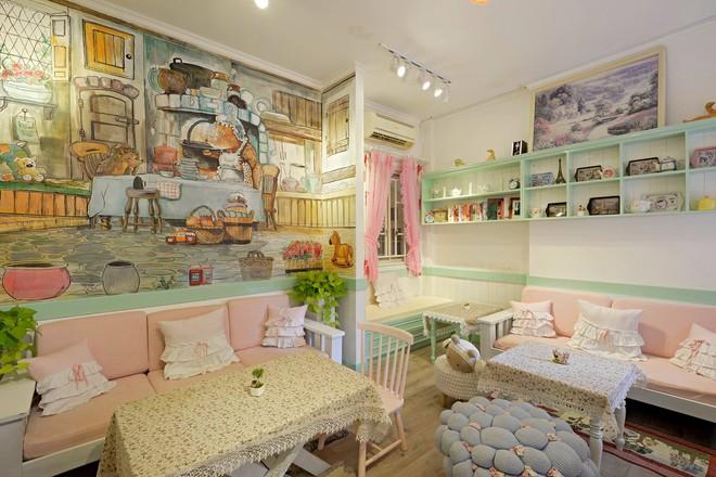Điểm danh những tiệm trà bánh tông màu pastel chứa cả bầu trời xinh xắn ở Sài Gòn - Ảnh 3.