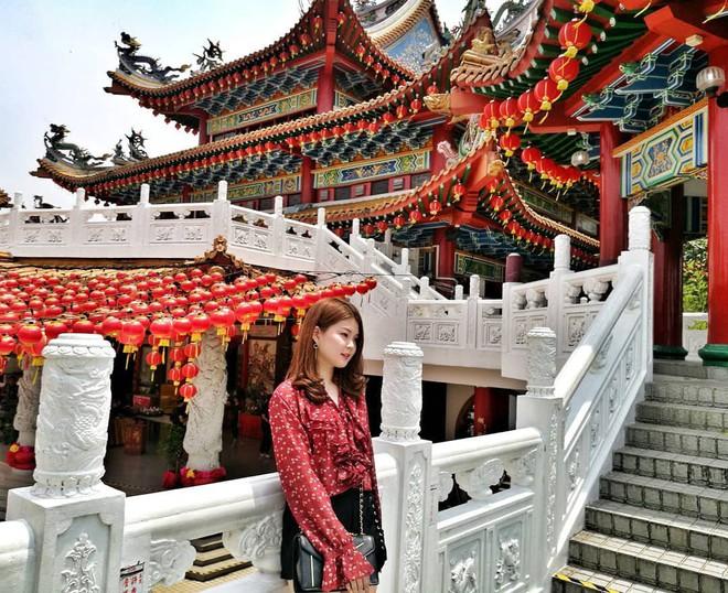 Phát hiện triệu góc check-in thần thánh ở ngôi chùa đèn lồng hot nhất Kuala Lumpur - Ảnh 4.