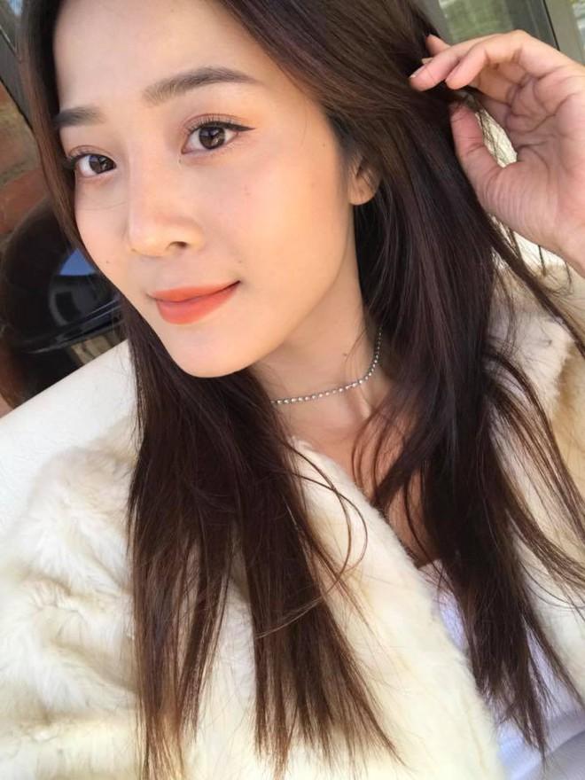 """Không ngờ """"cô bạn thân giật người yêu"""" cũng sở hữu sắc vóc và phong cách sexy, đến Hương Giang cũng phải dè chừng - Ảnh 2."""