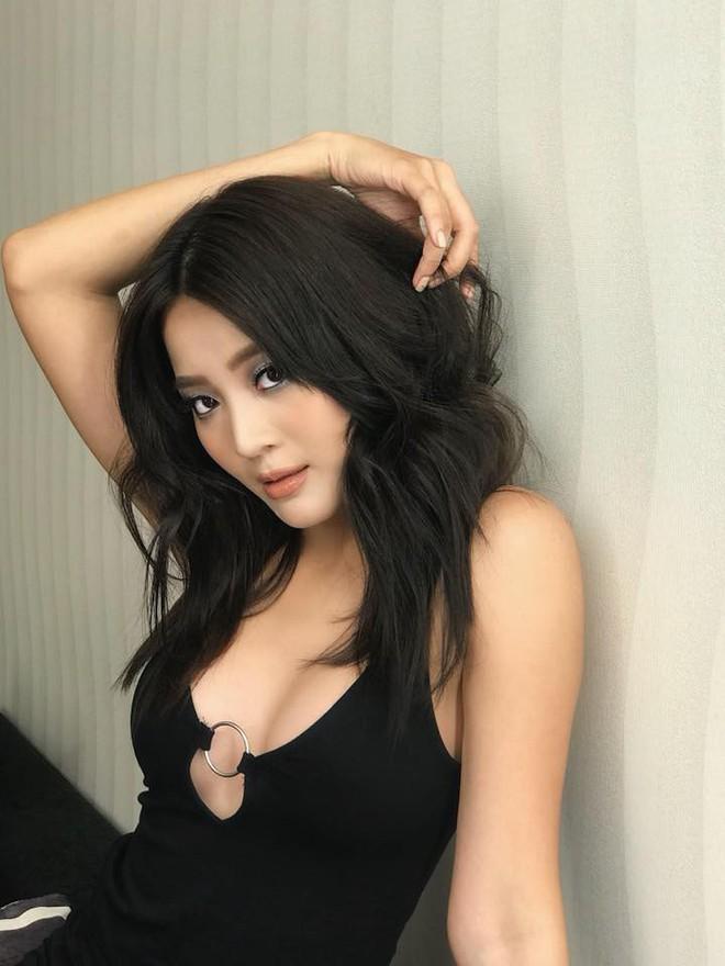 """Không ngờ """"cô bạn thân giật người yêu"""" cũng sở hữu sắc vóc và phong cách sexy, đến Hương Giang cũng phải dè chừng - Ảnh 3."""
