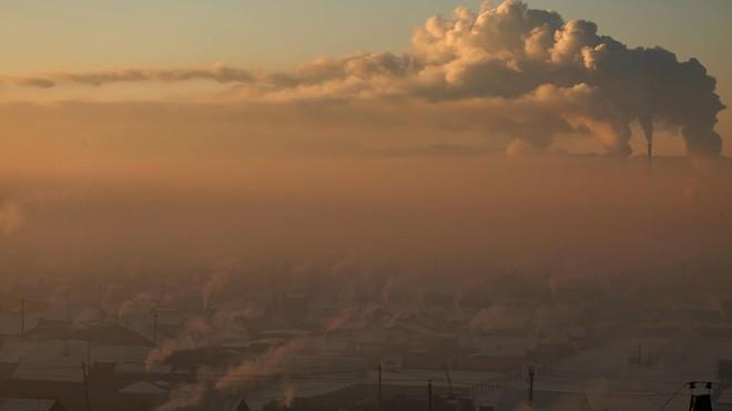 Cuộc sống kinh hoàng tại thành phố ô nhiễm nhất thế giới: Bụi độc đến mức trẻ em phải ở yên trong nhà - Ảnh 1.