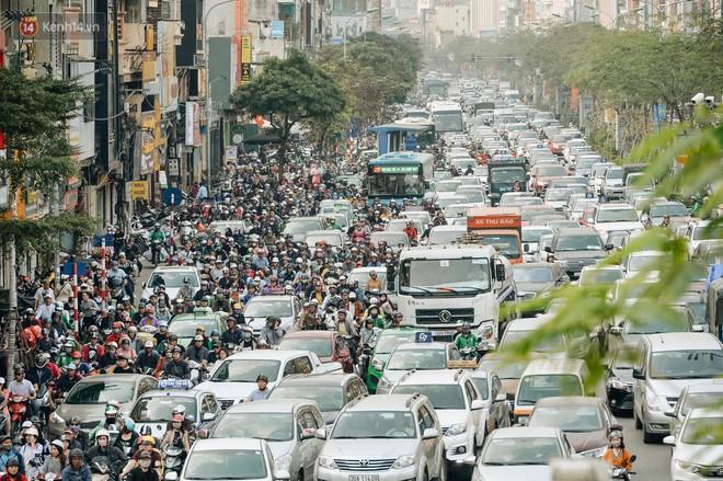 Chuyên gia nói hạn chế xe máy là điều tất yếu và câu chuyện cấm xe máy thành công ở nhiều quốc gia trên thế giới - Ảnh 6.