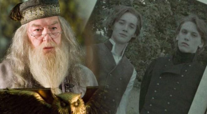 Tin sốc với fan Harry Potter: Grindelwald và Dumbledore từng ngủ với nhau - Ảnh 1.