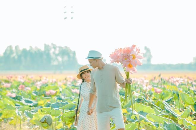 Đã lùng ra địa chỉ cánh đồng sen rộng bát ngát tại An Giang: Thiên đường sống ảo là đây chứ đâu nữa! - Ảnh 8.