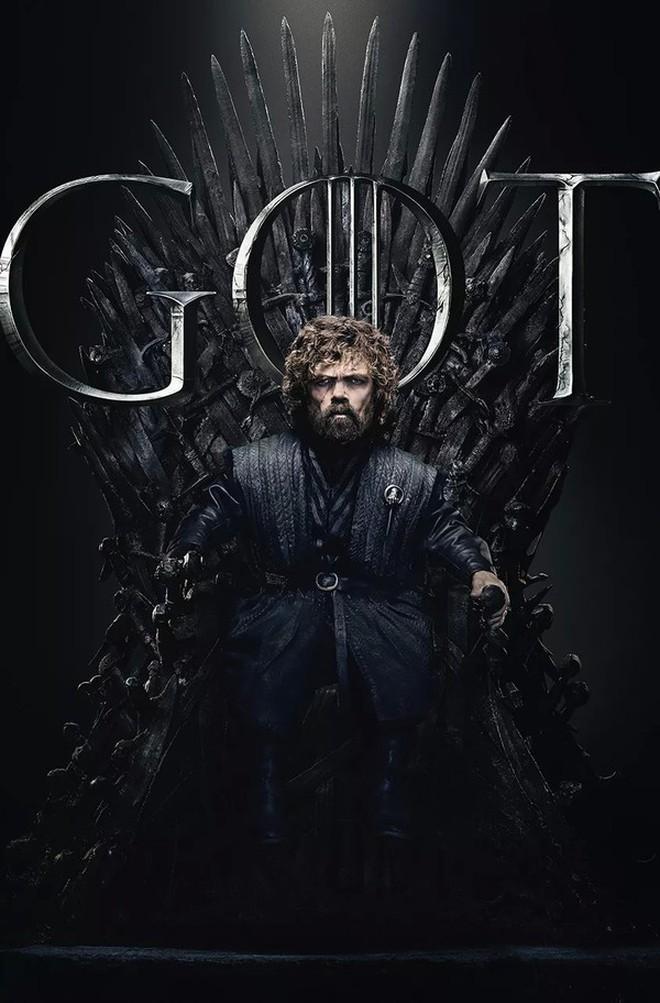 """""""Game of Thrones"""" mùa cuối để cả nhà ngồi lên ngôi báu chụp poster, fan đồn đoán một kết cục bi thảm? - Ảnh 2."""