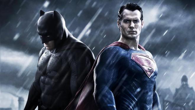 Hâm mộ chứ đừng cuồng quáng, fan DC phải thừa nhận 8 vấn đề của vũ trụ điện ảnh này đi! - Ảnh 4.