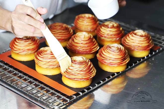 """Sài Gòn có những món bánh ngọt siêu xinh khiến bạn phải thốt lên: """"Cái này đẹp thế!"""" - Ảnh 1."""