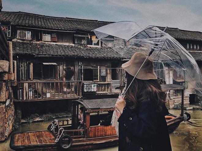 Đi du lịch một mình mà vẫn muốn có ảnh đẹp? Đọc ngay loạt bí kíp tự chụp đỉnh cao của cô nàng thực tập sinh tại Trung Quốc nhé! - Ảnh 4.