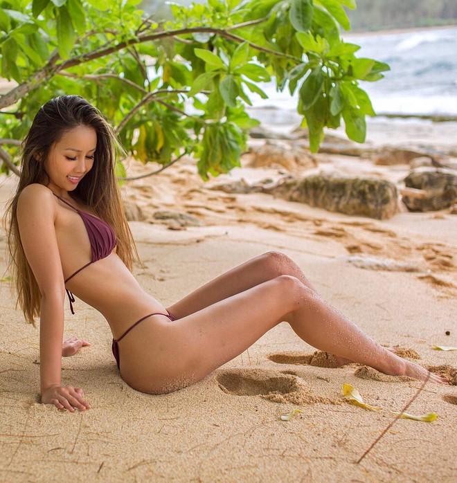 Thạc sĩ gốc Việt nổi tiếng khắp thế giới vì xinh như hot girl cùng thân hình siêu nóng bỏng - Ảnh 4.