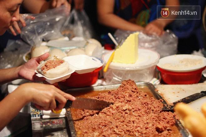 Không hổ danh pate Hải Phòng, một lần nữa lại khiến dân tình í ới hỏi nhau vì món bánh bao nhồi pate - Ảnh 4.
