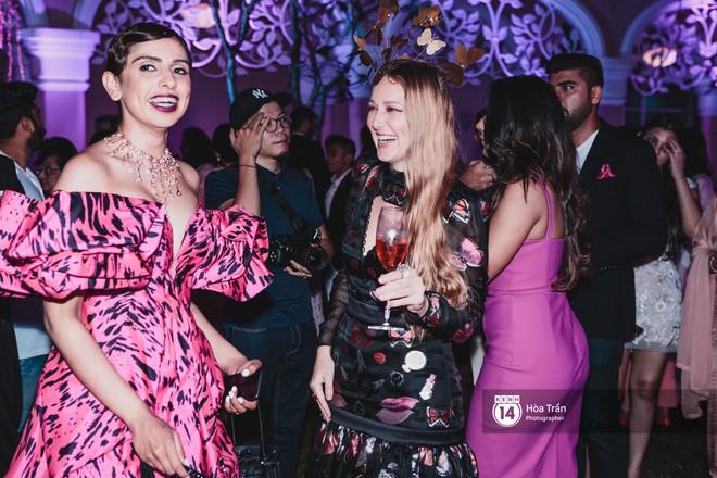 """Cặp đôi tỷ phú Ấn Độ lộng lẫy cùng các khách mời đại gia vào đêm tiệc """"Pink Party"""" đầu tiên ở Phú Quốc (+video) Hoatran-4148-15519790714731565945374"""