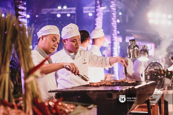 """Cặp đôi tỷ phú Ấn Độ lộng lẫy cùng các khách mời đại gia vào đêm tiệc """"Pink Party"""" đầu tiên ở Phú Quốc (+video) Hoatran-4275-15519790715031547365246"""
