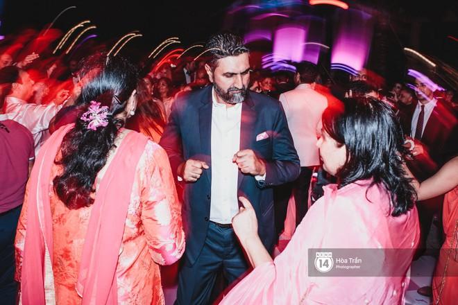 """Cặp đôi tỷ phú Ấn Độ lộng lẫy cùng các khách mời đại gia vào đêm tiệc """"Pink Party"""" đầu tiên ở Phú Quốc (+video) Hoatran-4509-15519853334491556396718"""