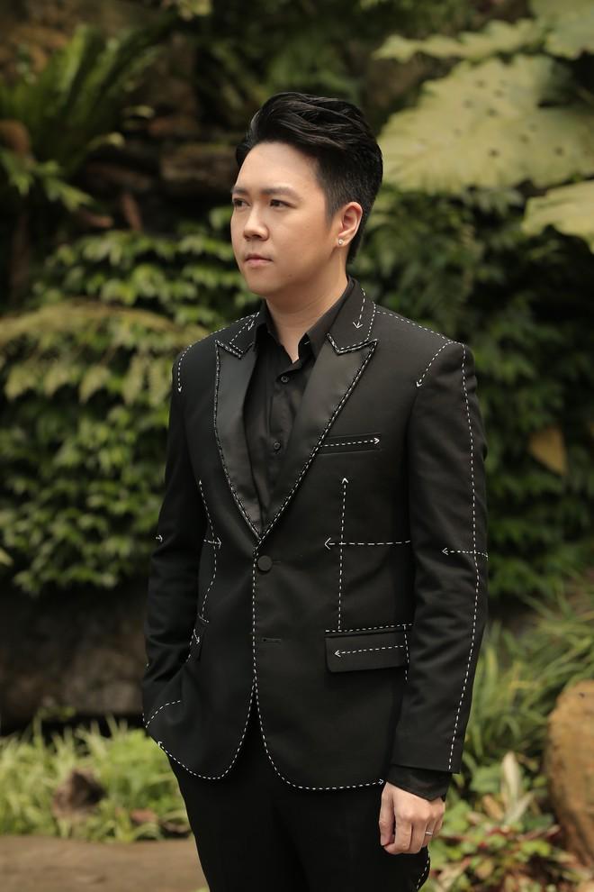 Gần 3 tháng sau kết hôn, Lê Hiếu khoe giọng hát đầy cảm xúc trong MV kết hợp cùng nghệ sĩ violon Hoàng Rob - Ảnh 4.