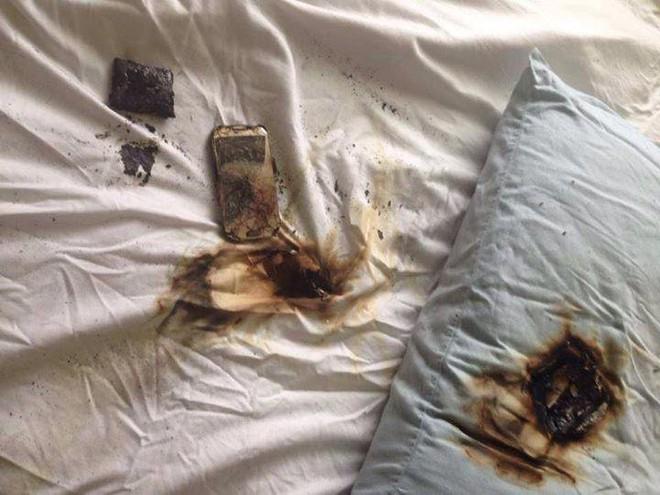 Sạc điện thoại gần người khi ngủ: 3 nguyên nhân có thể gây nổ bất ngờ không lường trước - Ảnh 3.