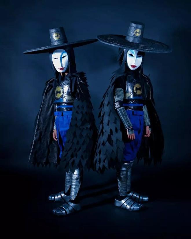 Chihiro và Chieko: Cặp chị em song sinh với tài cosplay thiên biến vạn hóa khiến MXH trầm trồ - Ảnh 3.