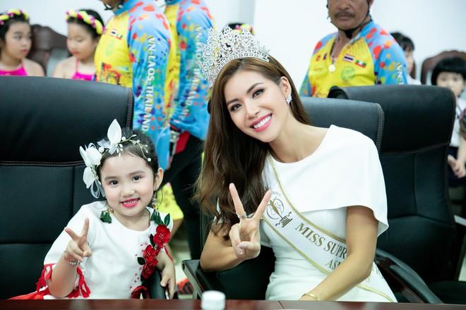 Minh Tú gây ấn tượng với bạn bè quốc tế khi tham dự chuỗi sự kiện tại Đà Nẵng - Ảnh 4.