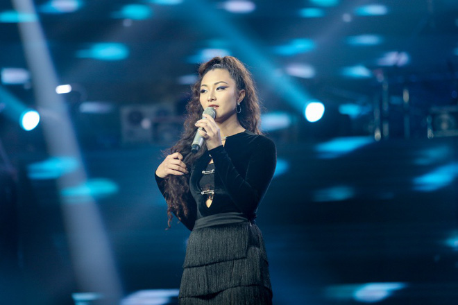 Giọng hát Việt tập 2: Chàng VJ Bo Bắp khiến HLV Tuấn Ngọc lần đầu vùng lên, bấm chặn Tuấn Hưng - Ảnh 4.