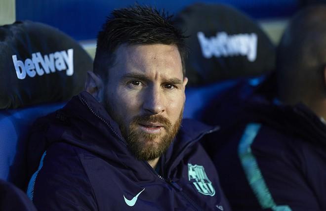 Messi ngồi dự bị, Barcelona vẫn thắng dễ để cách ngôi vô địch La Liga 3 điểm - Ảnh 3.