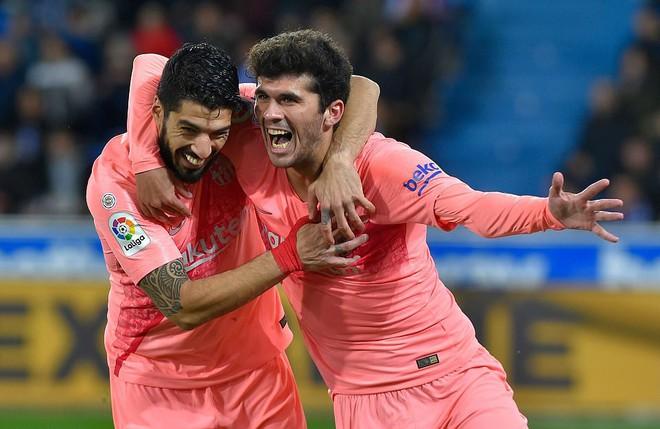 Messi ngồi dự bị, Barcelona vẫn thắng dễ để cách ngôi vô địch La Liga 3 điểm - Ảnh 8.