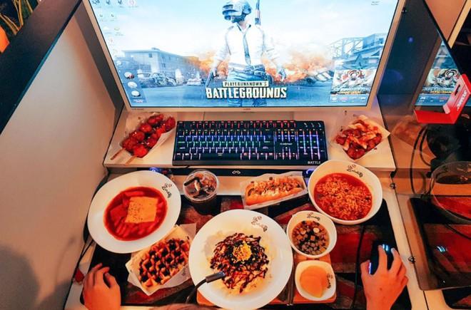 Hàn Quốc: vào tiệm net chỉ để ăn do thực đơn quá đa dạng và hấp dẫn - Ảnh 3.
