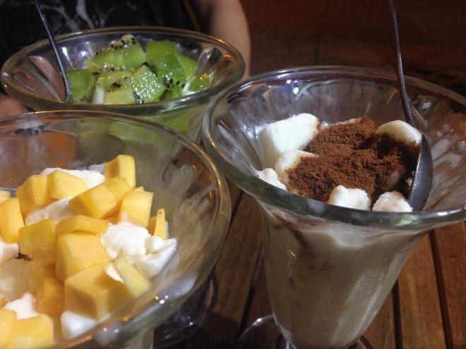 Sài Gòn có những món phủ bột cacao, trộn bột cacao đắng đắng, thơm lừng gây nghiện miễn bàn - Ảnh 5.