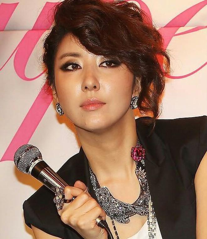 """Đây hẳn là 5 gương mặt vàng trong """"làng kẻ mắt mèo"""" của nền giải trí Hàn Quốc - Ảnh 1."""