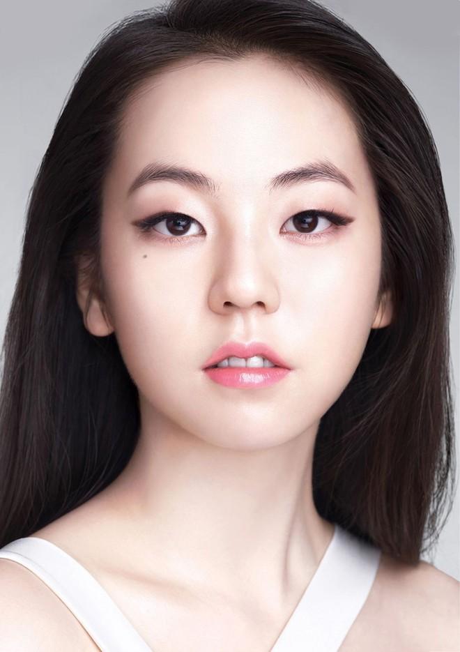 """Đây hẳn là 5 gương mặt vàng trong """"làng kẻ mắt mèo"""" của nền giải trí Hàn Quốc - Ảnh 3."""