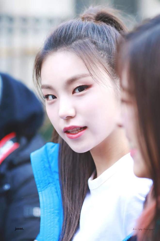 """Đây hẳn là 5 gương mặt vàng trong """"làng kẻ mắt mèo"""" của nền giải trí Hàn Quốc - Ảnh 5."""