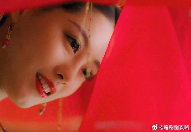 9 cô dâu cổ trang Hoa ngữ trên màn ảnh gần đây, ai là nÆ°Æ¡ng tá» xinh đẹp nhất trong lòng bạn? - Ảnh 17.