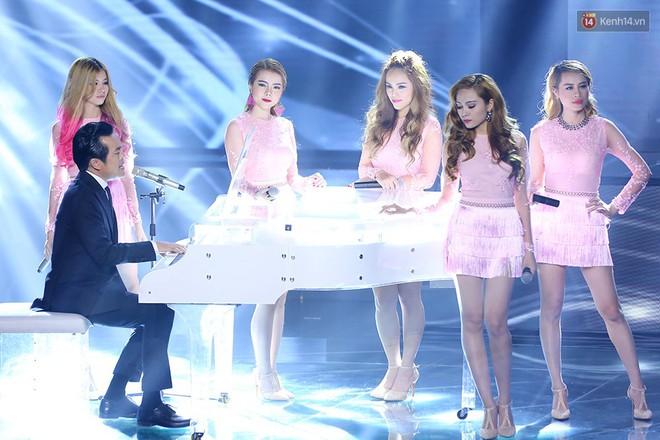 Á quân X-Factor Việt đeo mặt nạ xấu xí đi tìm bạn trai trên show hẹn hò - Ảnh 4.