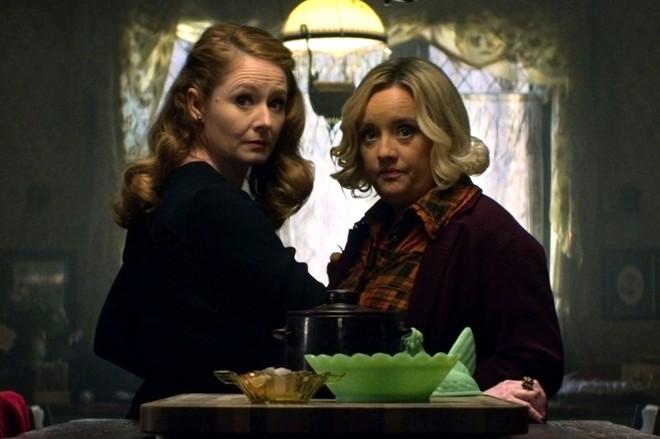 Mùa 2 cô phù thủy rùng rợn Sabrina trở lại đen tối và kịch tính hơn hẳn - Ảnh 9.