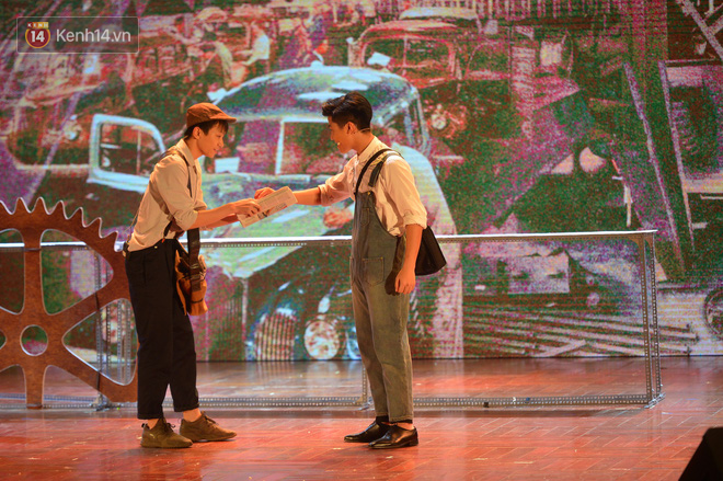 Hiếm có trường THPT nào ở Việt Nam tổ chức được nhạc kịch Tiếng Anh xuất sắc đỉnh cao như học sinh trường Ams - Ảnh 1.