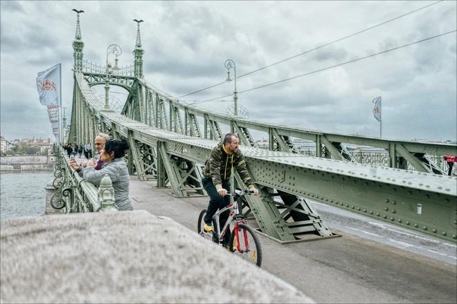 Theo chân anh bạn điển trai người Việt khám phá Budapest - thủ đô nổi tiếng đẹp như phim điện ảnh của Hungary - Ảnh 4.
