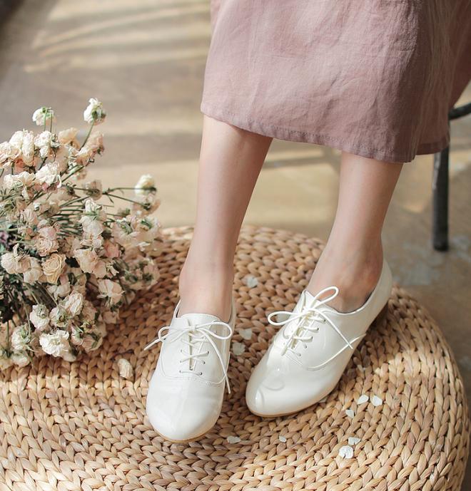"""3 mẫu giày công sở cá tính luôn được lòng các chị em nói không với style """"bánh bèo"""" - Ảnh 3."""