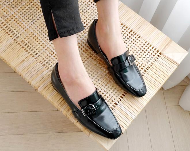 """3 mẫu giày công sở cá tính luôn được lòng các chị em nói không với style """"bánh bèo"""" - Ảnh 6."""