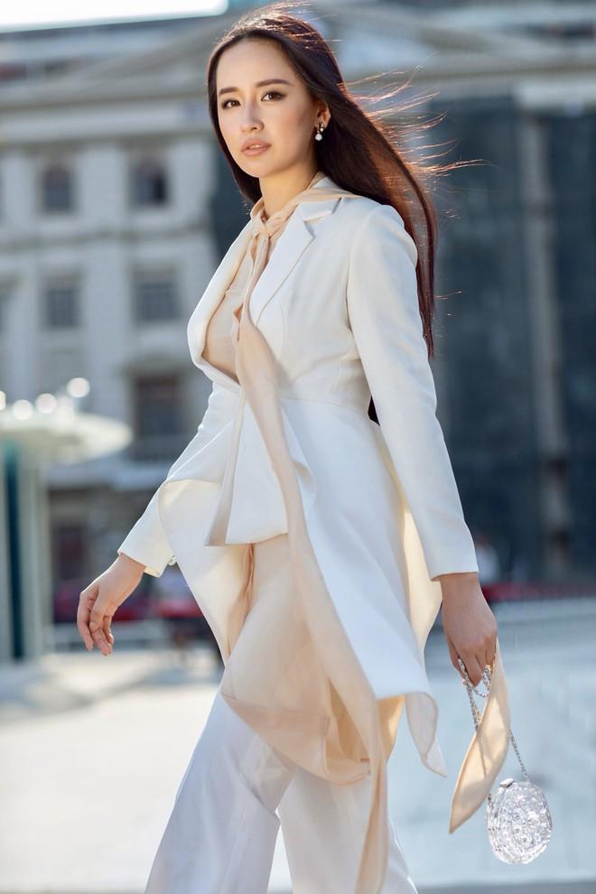 Mai Phương Thúy khoe nhan sắc mặn mà tuổi 31, xác nhận ngồi giám khảo Miss World Việt Nam - Ảnh 2.