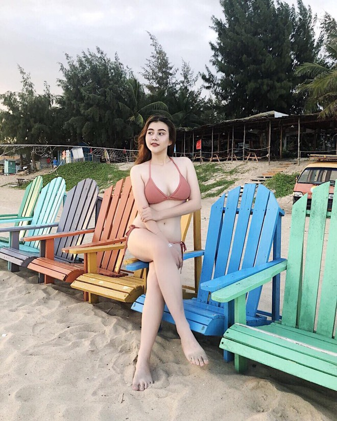 Lại phải bóc info hội gái xinh mới nổi sexy nhất Instagram: Nghe nói nắng Sài Gòn không có cửa hot bằng ha? - Ảnh 9.