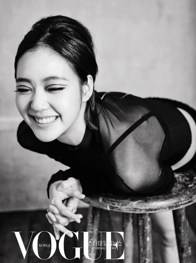 """""""Nàng thơ"""" mới của Lee Min Ho: Đẹp cực lạ, từ kiều nữ phim 18+ thành tình đầu và chuyện hẹn hò tài tử hơn 17 tuổi - Ảnh 3."""