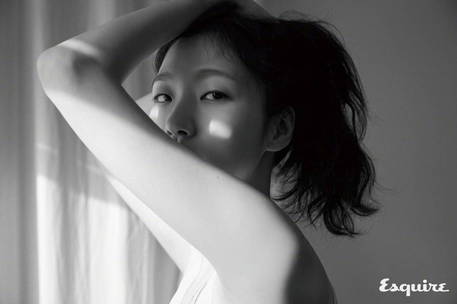 """""""Nàng thơ"""" mới của Lee Min Ho: Đẹp cực lạ, từ kiều nữ phim 18+ thành tình đầu và chuyện hẹn hò tài tử hơn 17 tuổi - Ảnh 5."""