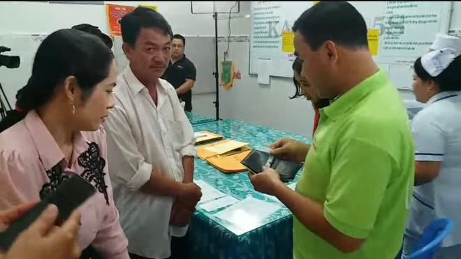 Chia sẻ của Quyền Linh sau tuyên bố giải nghệ, tiết lộ khoảnh khắc trút sạch ví giúp đỡ người nghèo trong hậu trường - Ảnh 2.