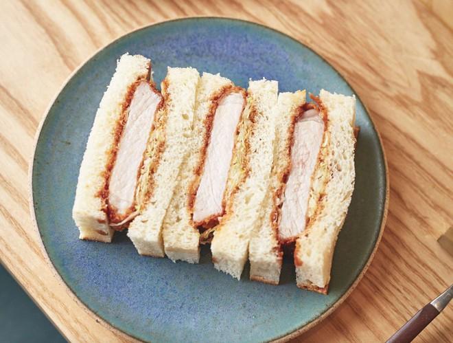 """Từ """"sandwich"""" thành """"sando"""": hành trình tiến hoá của món bánh mì kẹp phương Tây trên đất Nhật - Ảnh 4."""