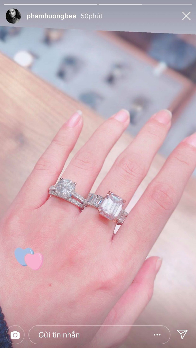 Phạm Hương tiếp tục khoe 2 nhẫn kim cương khủng, chuẩn bị làm vợ người ta? - Ảnh 1.