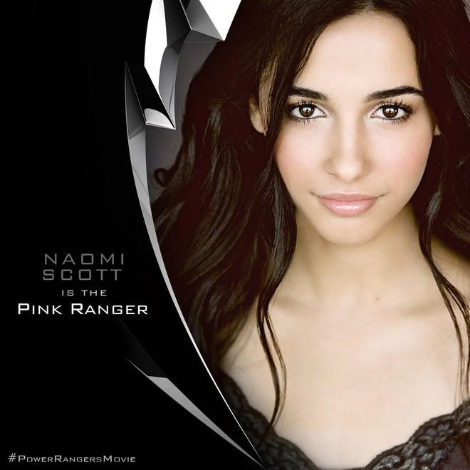 """Jasmine đầu tiên của """"Aladdin"""" Naomi Scott: Vẻ đẹp lai Á - Âu gây bão, từ ca sĩ vô danh thành công chúa mới của Disney - Ảnh 6."""