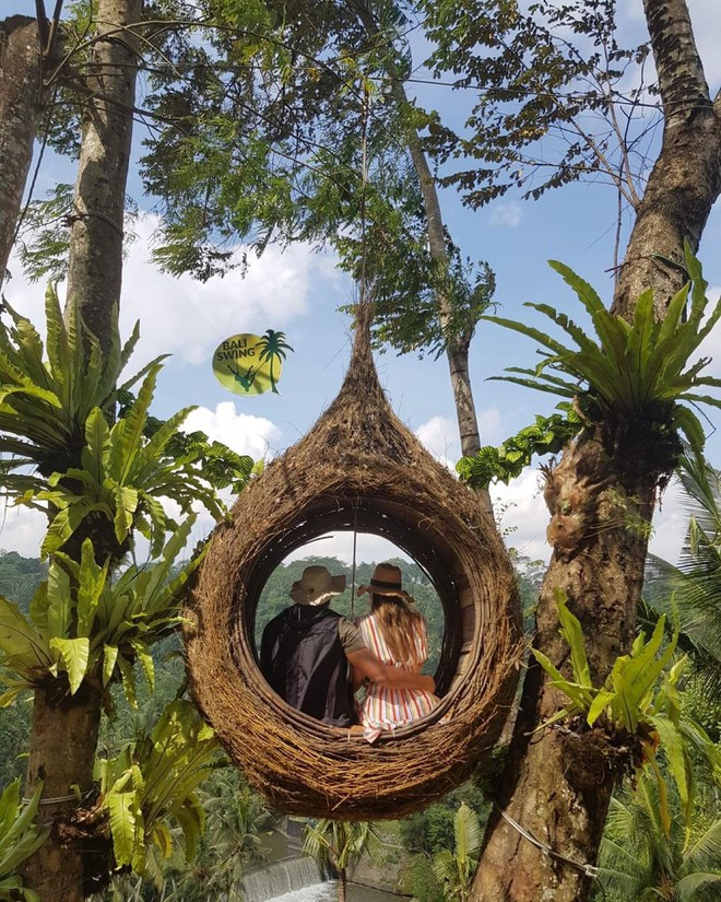 Thiên đường du lịch Bali bất ngờ bị khách du lịch bóc phốt