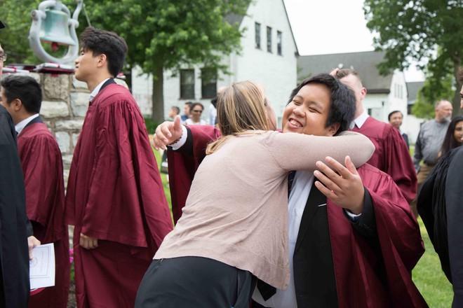 Không thể ngờ: Hôm nay, thần đồng Đỗ Nhật Nam đã tốt nghiệp cấp 3 và sắp bước vào Đại học! - Ảnh 4.