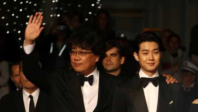 Kí Sinh Trùng - phim Hàn vừa thắng đậm CANNES: Một tác phẩm vừa sang vừa hài! - Ảnh 1.