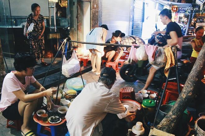 """1001 quán ốc """"sương sương"""" cho anh chị em Hà Nội tranh thủ đi ăn nhân ngày mát mẻ - Ảnh 1."""